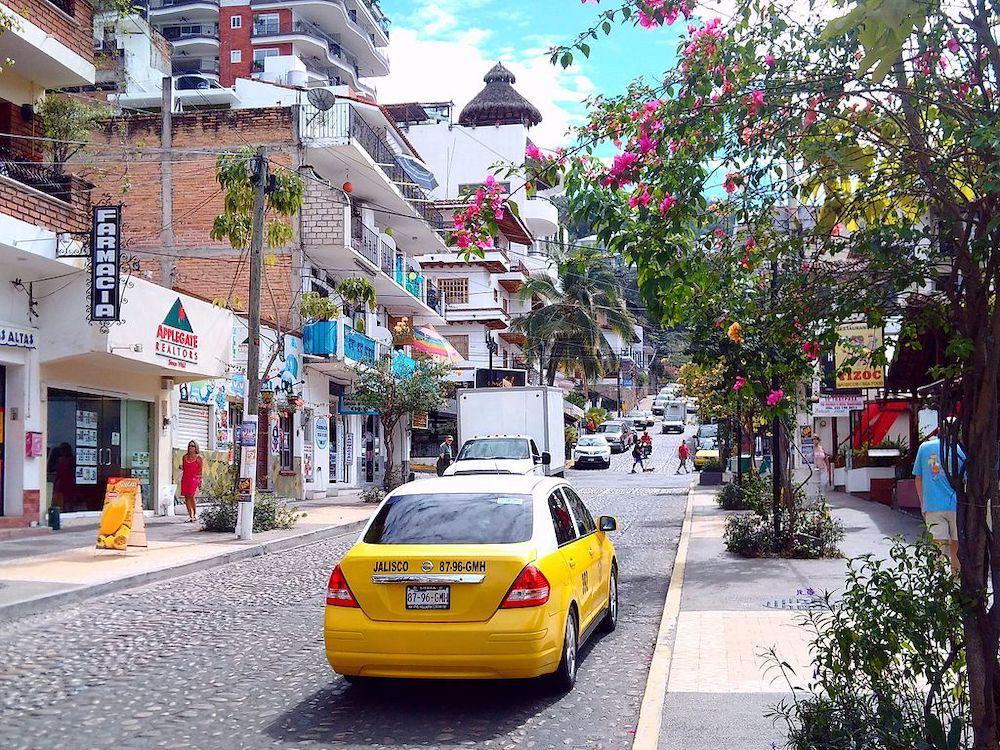 Understanding Puerto Vallarta's Public Transport