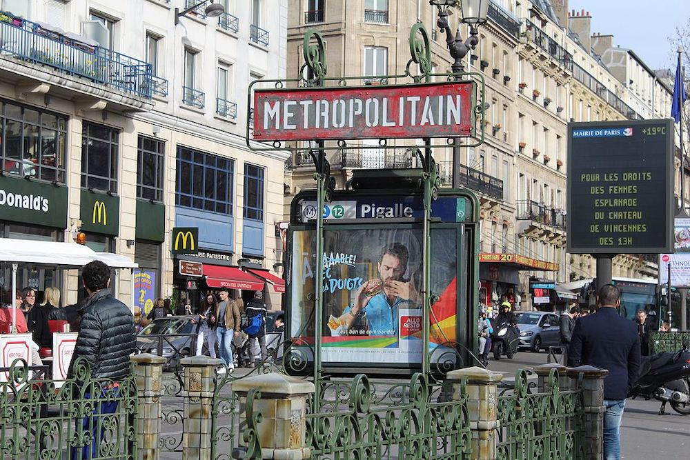 Where to Live in Paris As A Solo Traveler