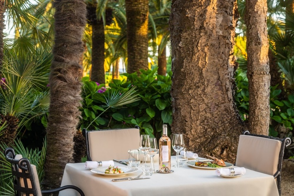 Where To Eat at Saint Tropez