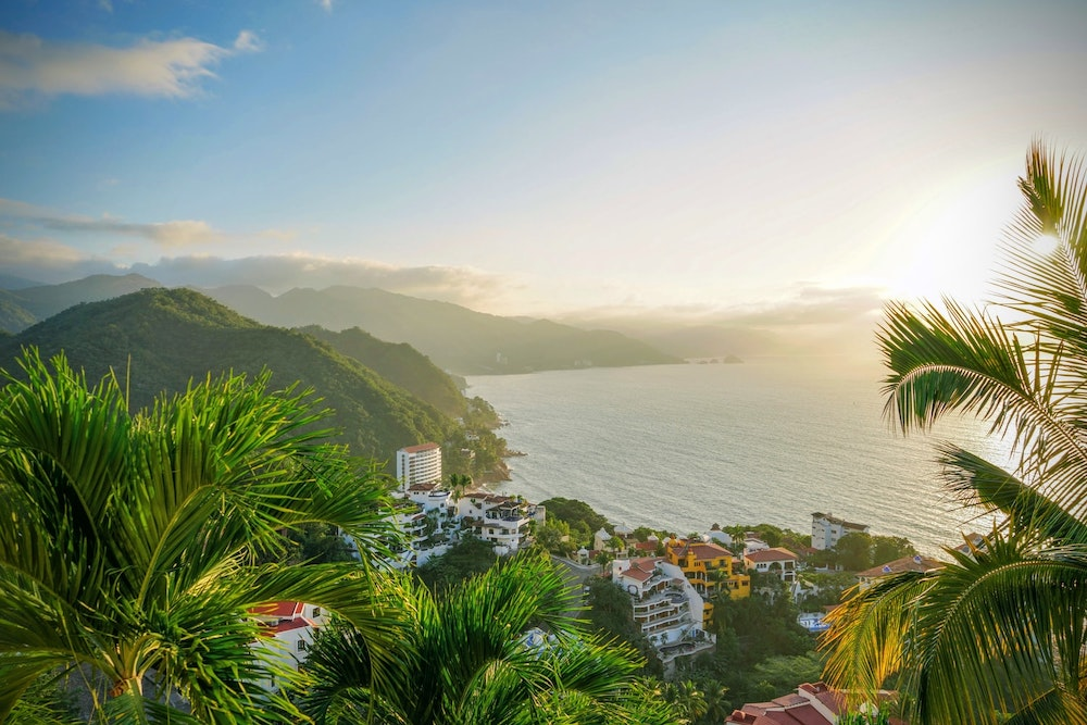 Moving to Puerto Vallarta: Your Relocation Guide