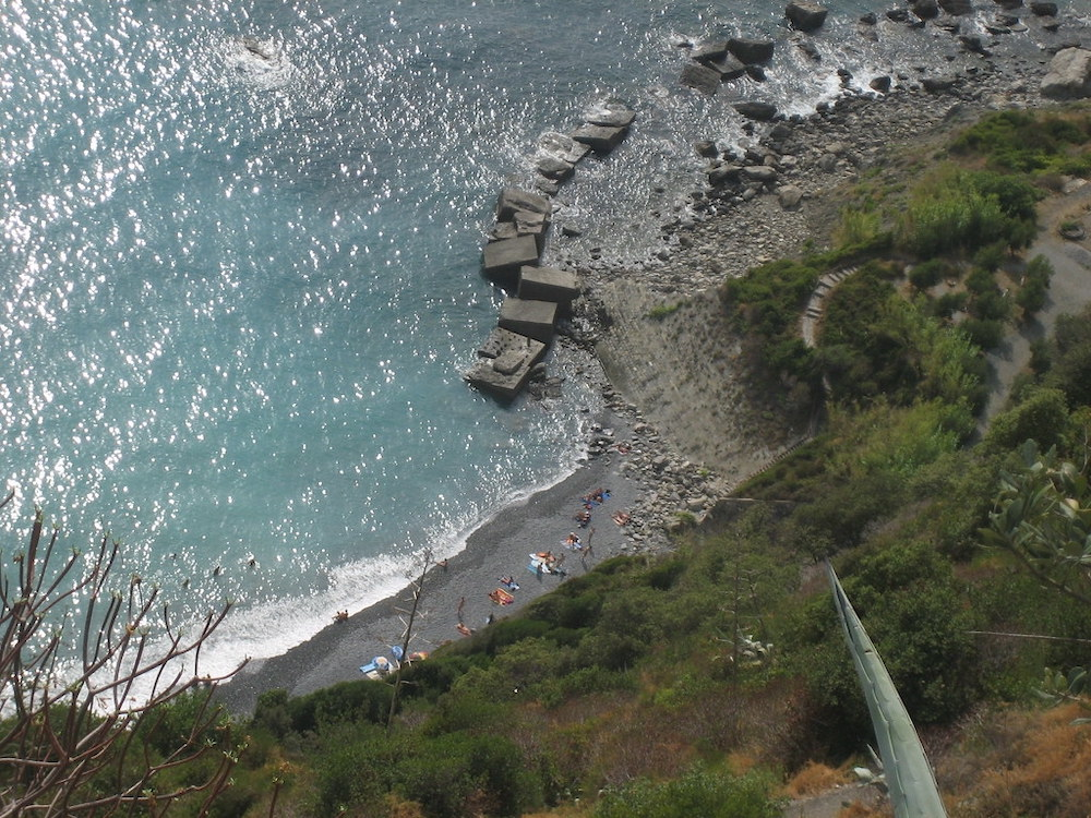 The Best Beaches in Cinque Terre