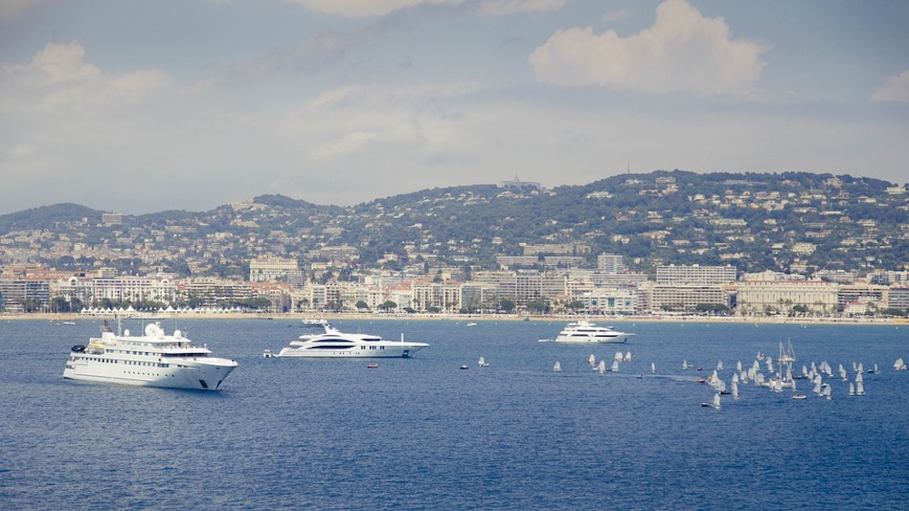 Moving to Cannes: Your Relocation Guide