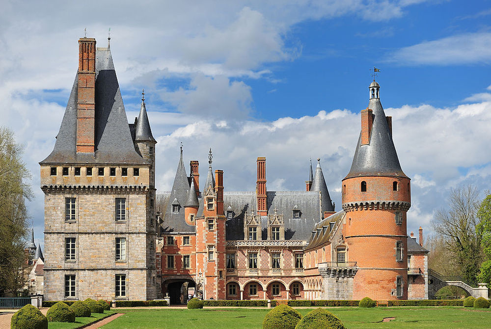 The Most Beautiful Châteaus Just Outside of Paris