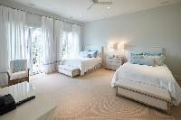 neat Nassau Colonial Paradise Caribbean seaside luxury apartment, holiday home, vacation rental