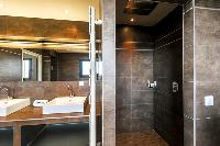 elegant bathroom in Corsica - Di Paci luxury apartment