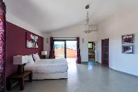 awesome magenta walls of Corsica - Di Paci luxury apartment