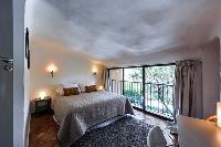 lovely bedroom in Corsica - Santa Giulia luxury apartment