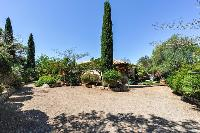 lush and lovely garden of Corsica - Santa Giulia luxury apartment