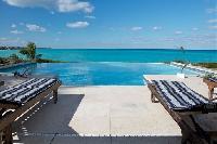 splendid New Providence Camelot Caribbean Sea luxury apartment, holiday home, vacation rental