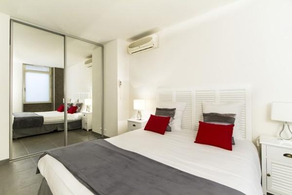 awesome bedroom in Cannes Apartment Festival II luxury home