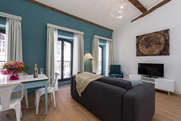 Cannes Apartment Starlette III