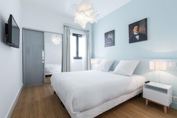 pleasant bedroom of Cannes Apartment Starlette III luxury home