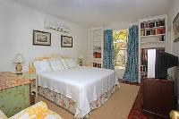 delightful New Providence Serendip Cove Caribbean Sea luxury holiday home, vacation rental