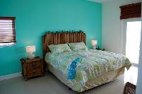clean San Salvador Villa Isoela luxury apartment, holiday home, vacation rental