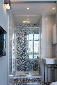 refreshing bathroom in Cannes Apartment Starlette II luxury home