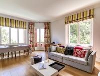 charming living room of Cannes Villa L'Autre Temps luxury apartment