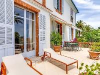 breezy and bright Cannes Villa L'Autre Temps luxury apartment and vacation rental