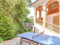 cool table tennis at Cannes Villa L'Autre Temps luxury apartment