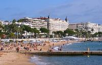 cool Mediterranean coastline near Cannes Apartment Festival III luxury home