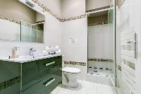 neat and trim bathroom in Cannes Apartment Deneuve luxury apartment