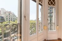 fantastic windows of Barcelona - Paseo de Gracia 4BR luxury apartment