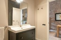 neat and trim lavatory in Barcelona - Contemporary Ramblas 2BR luxury apartment