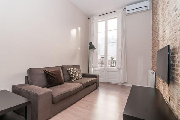 neat Barcelona - Contemporary Ramblas 2BR luxury apartment and holiday home