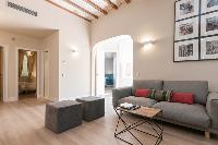 charming Barcelona - Sant Antoni Market 3BR luxury apartment
