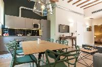 well-appointed Barcelona - Sant Antoni Market 3BR luxury apartment