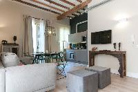 fully furnished Barcelona - Sant Antoni Market 3BR luxury apartment