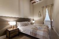 lovely Barcelona - Sant Antoni Market 3BR luxury apartment