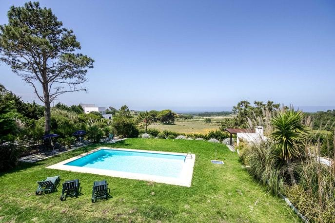 amazing pool of Lisbon - Sintra - Janas do Mar luxury apartment and vacation rental