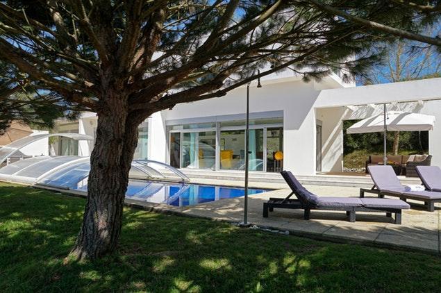 marvelous Lisbon - Villa Belas luxury apartment and vacation rental
