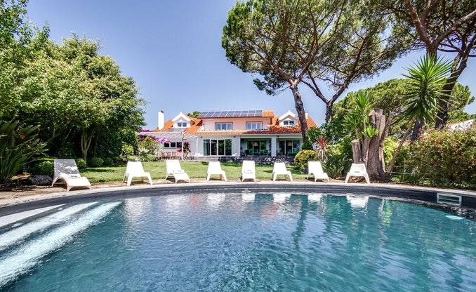 awesome Lisbon - Villa Birre luxury apartment and vacation rental