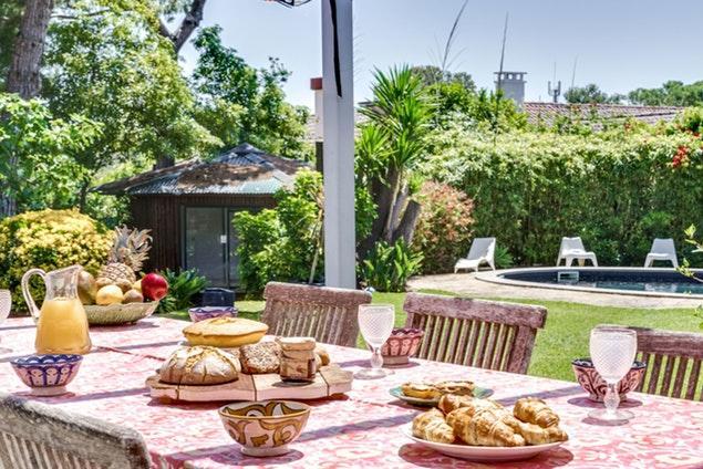 splendid terrace of Lisbon - Villa Birre luxury apartment and vacation rental