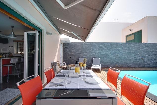 awesome Lisbon - Mafra Villa Strelitzia luxury apartment and vacation rental