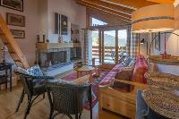 cozy Luxury Apartment Les Frères holiday home and vacation rental