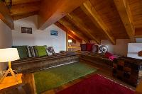 snug Luxury Apartment Les Frères holiday home and vacation rental