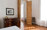 cool doors of Barcelona - Sant Pere Modernist 3 1 luxury apartment