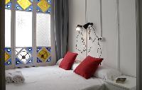 pretty windows of Barcelona - Sant Pere Modernist 3 2 luxury apartment