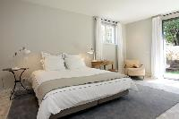 serene and snug bedroom in Cannes - Villa Le Pontiel luxury apartment