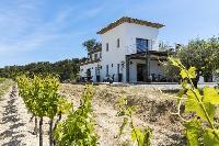 magnificent exterior of Saint-Tropez - Vue Sereine Villa luxury apartment