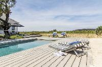 cool swimming pool of Saint-Tropez - Vue Sereine Villa luxury apartment
