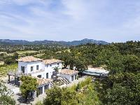awesome aerial view of Saint-Tropez - Vue Sereine Villa luxury apartment
