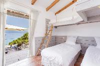 charming ceiling beams in Corsica - Arinella luxury apartment