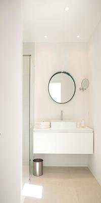 neat and nice lavatory of Corsica - Alta Roccha luxury apartment