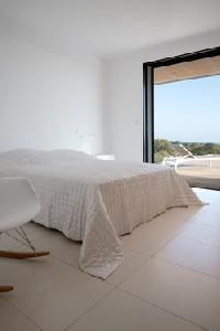 pleasant bedroom in Corsica - Palombaggia luxury apartment