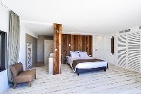 nice bedroom in Corsica - Villa Caprettu luxury apartment