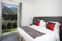 pristine bedding in Corsica - Pietra luxury apartment