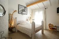 lovely bedroom of Corsica - Villa Authentique luxury apartment